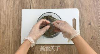 金沙虾仁的做法步骤:2
