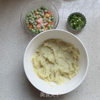 田园土豆饼的做法步骤:1