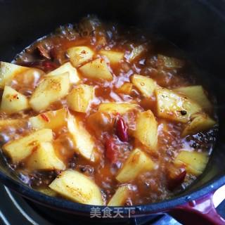 红烧排骨炖土豆的做法步骤:7